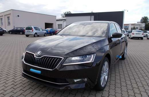 Škoda Superb Style