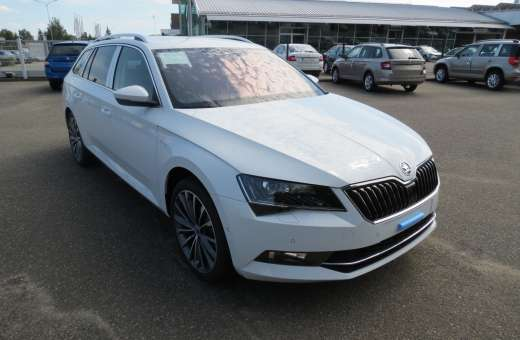 Škoda Superb Combi L&K